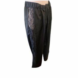 slik pjam bottom lace on sides black